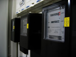 electricity-meter-96863_640